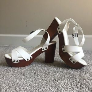BAMBOO white and wooden heeled sandals size 7/37